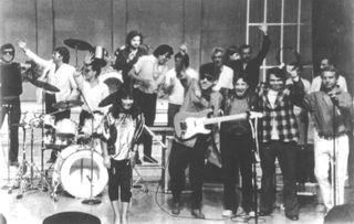 Javier y Batiz Baby Batiz con Jorge Belmont y otros músicos