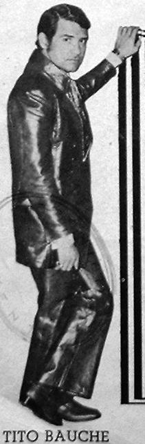 Tito Bauche - Pose