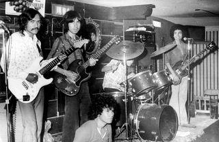 Freedom (Beto Zuñiga,Agustín Zambrano,El chuta,Servando Chapa,Rolando Blanco.1975)