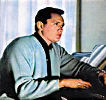 Julian Bert chica